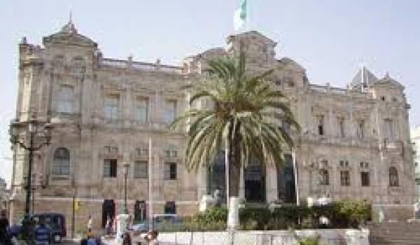 La wilaya d'Oran est au centre de tractations du FLN avec le MJD pour obtenir la majorité.