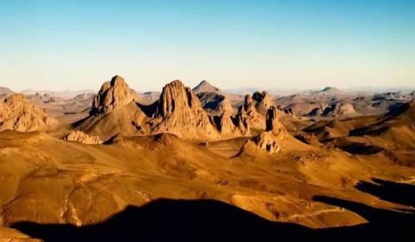 Faire découvrir ces beaux paysages est hasardeux pour les agences de voyage.