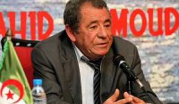 Mahmoudi au forum El Moudjahed