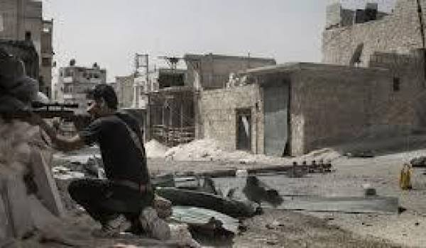 Les rebelles au régime exigent des armes de la communauté internationale.