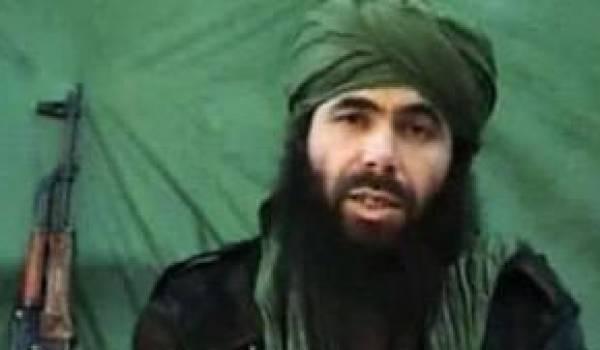 Le procès par contumace du chef d'Aqmi est reporté.