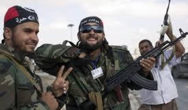 Des groupes armés demeurent encore incontrôlé dans ce pays.