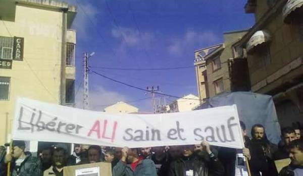 Une très forte mobilisation pour la libération du jeune Ali Laceuk disparu depuis le 22 février.