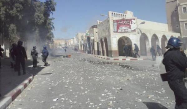 A Ghardaïa, la police a utilisé des balles en caoutchou contre les manifestants.