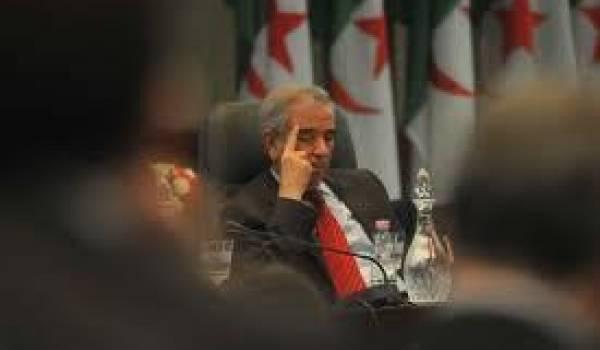 Ould Kablia, 80 ans, représente le système Bouteflika.