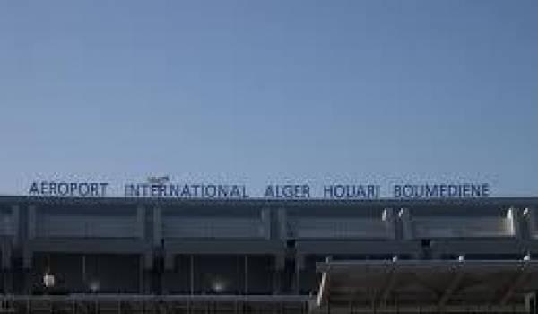 Hocine Azem est toujours entendu par la police à l'aéroport.