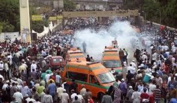 Les islamistes voulaient empêcher la manifestation.