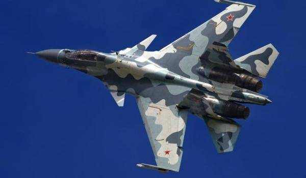 Un Sukhoi Su-30