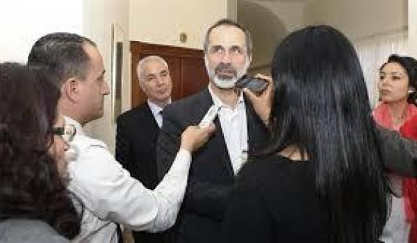 Le chef de la coalition de l'opposition, Ahmad Moaz Al-Khatib