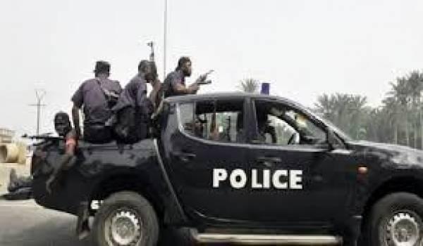 Les affrontements entre policiers exacerbent la tension à Bamako