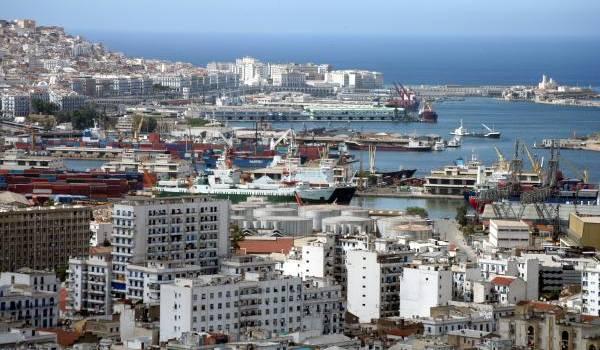 L'Algérie est plongée dans l'incertitude politique et sociale.