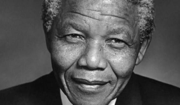 Nelson Mandela, le symbole de la résistance contre l'appartheid et d'une transition démocratique pacifique