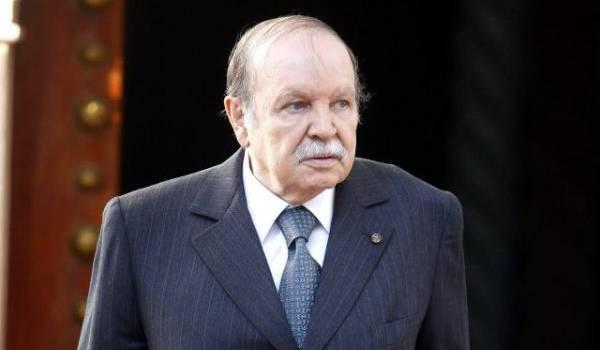 Bouteflika toujours hospitalisé à Paris