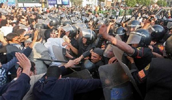 Les violations de la liberté d'expression et de rassemblement sont systématiques en Algérie.