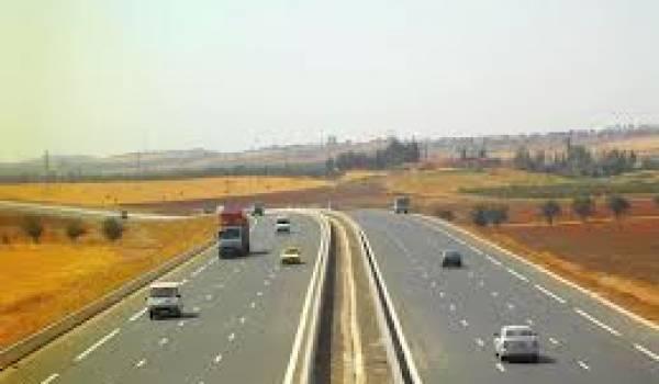 Retards et scandales auront émaillé cette autoroute est-ouest.