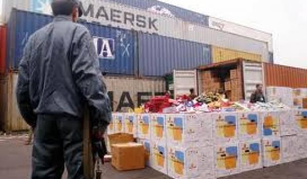 Des douaniers algériens