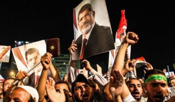 Contre les Frères musulmans, l'armée égyptienne défend d'abord ses intérêts propres.
