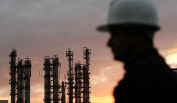 L'économie est minée par la rente renflouée par l'argent du pétrole.