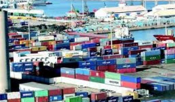 Les importations atteignent 5,05 milliards de dollars.