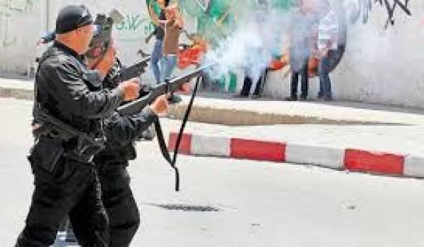 Lapolice réprime une manifestation d'opposants au gouvernement
