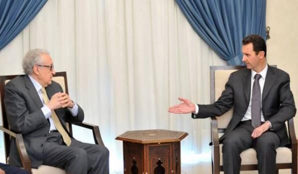 Brahimi et Al Assad le 30 octobre 2013.