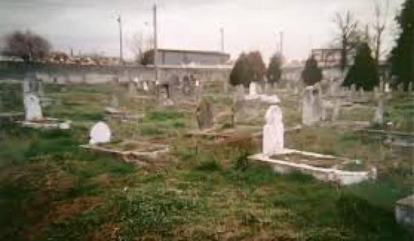 La paix des cimetières en attendant celle des âmes