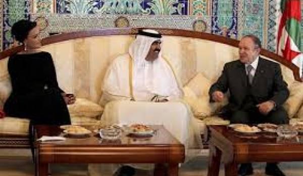 L'émir du Qatar, son épouse, Cheikha Mozah et Bouteflika.