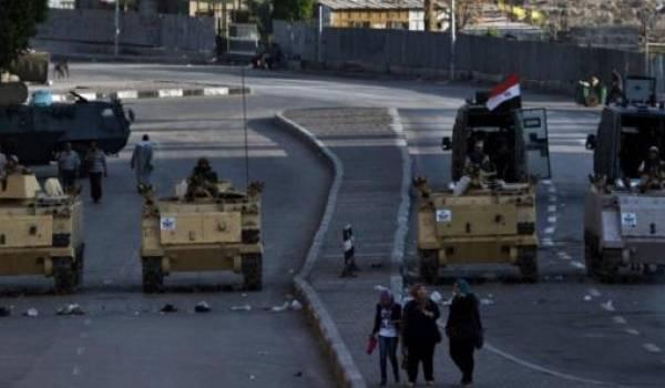 Les militaires ont repris en main le processus d'ouverture et mis sous le boisseau les libertés démocratiques.