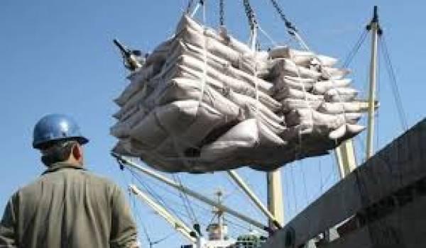 Les importations globales de l'Algérie se sont établies à 3,93 mds usd en octobre 2013