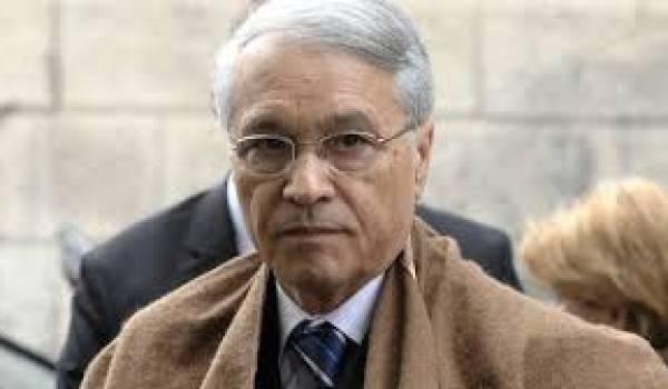 L'affaire de la Sonatrach dans laquelle est impliquée Khelil est emblématique du climat de grande corruption qui règne dans le pays.