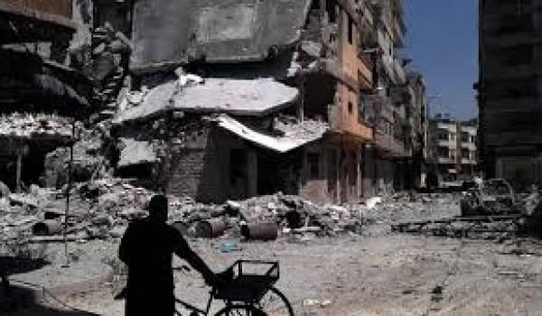 Homs est cernée et pilonnée par l'armée de Bachar al Assad