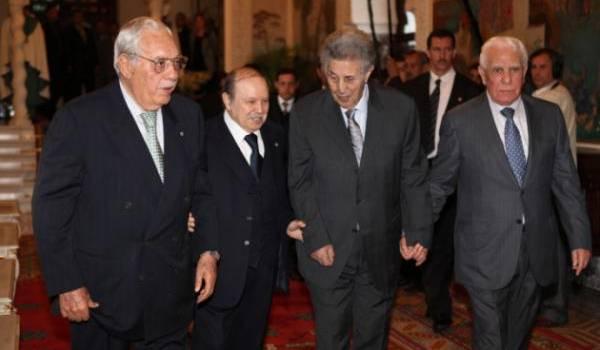 Les présidents algériens, une émanation des militaires.