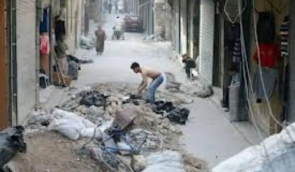 Djihadistes et autres rebelles s'entretuent sous les yeux du régime.