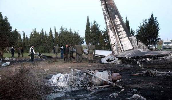 11 morts dont un ex-leader islamiste dans le crash d'un avion militaire libyen