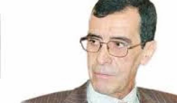 Le général à la retraite Hocine Benhadid