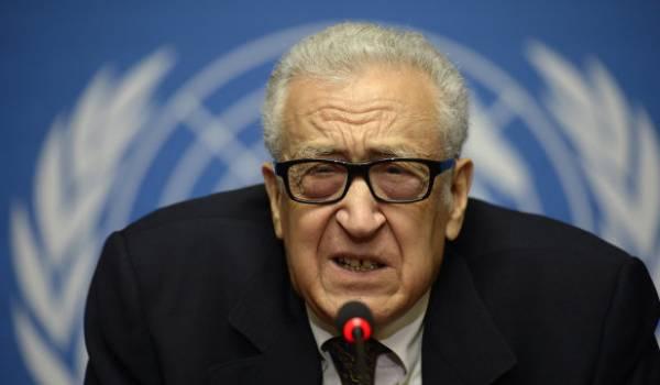 Lakhdar Brahimi s'échine à coller les morceaux.