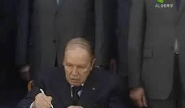 Bouteflika rempile pour mourir sur le trône