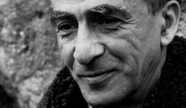 Kateb Yacine, l'un des plus grands auteurs et dramaturges algériens.