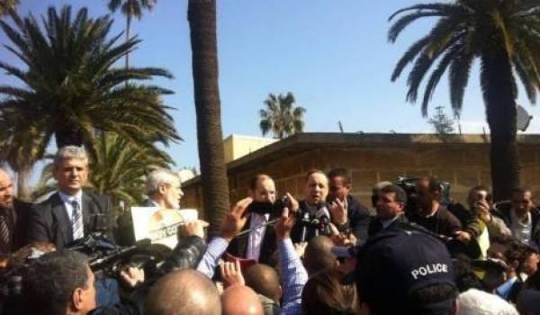 Les boycotteurs neutralisés. Photo El Watan.