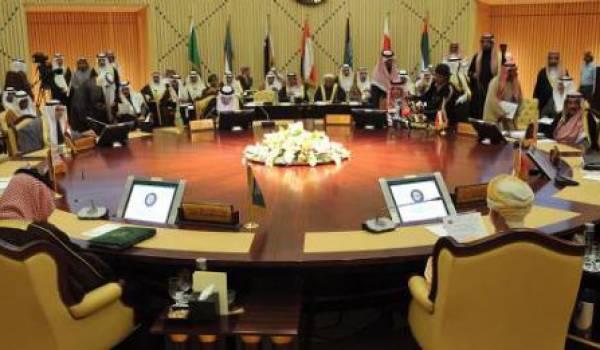 L'Irak s'en prend à une partie des monarchies du Golfe