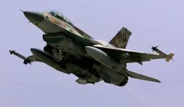 Israël a bombardé la Syrie.