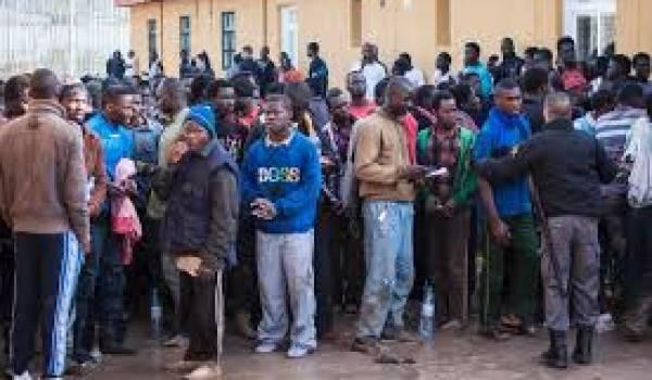 Un demi-millier d'immigrants subsahariens ont pénétré mardi dans l'enclave espagnole de Melilla,
