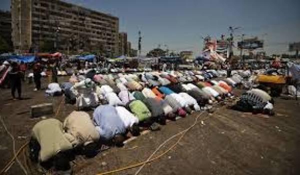 Une bataille idéologique a lieu dans les mosquées.