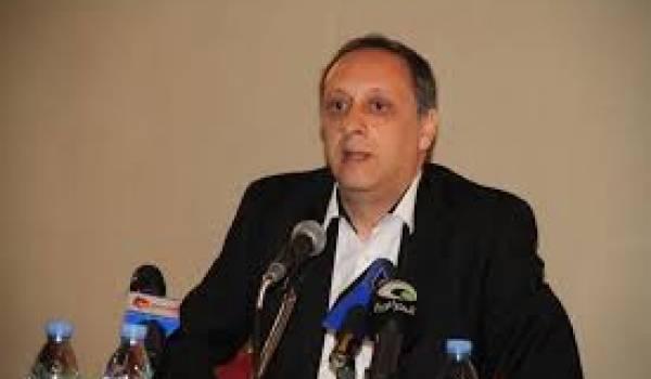 Soufiane Djilali annonce que jil Djadid est au côté du peuple qui se bat.