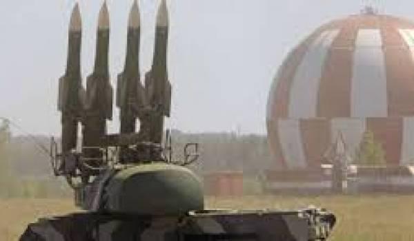 La défense antiaérienne turque a visé un chasseur bombardier syrien