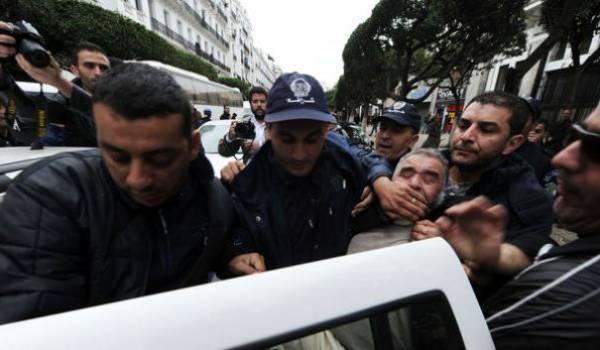 L'Etat DRS-Bouteflika ne tolère ni critique ni liberté.