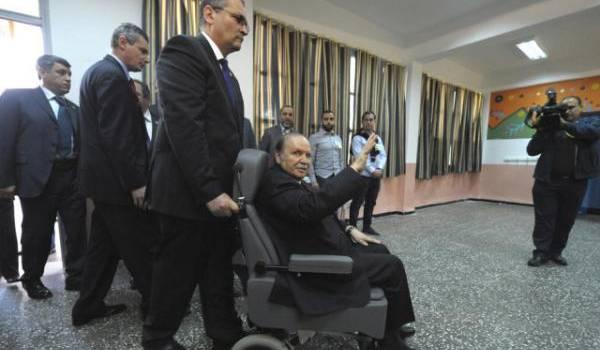 Bouteflika n'obéit qu'à son agenda.