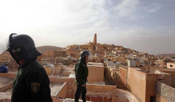 La mobilisation de plusieurs milliers de policiers et gendarmes dans la vallée du M'zab n'a pas éteint le brasier.