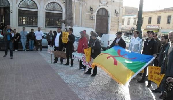 Bzayed et Nasr-Awras Amoqran investissent la rue à Batna