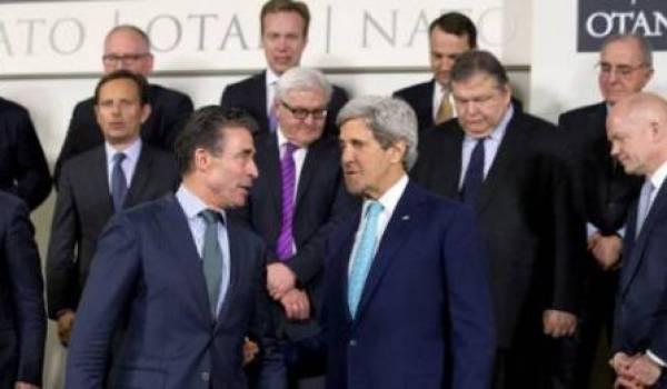 L'Otan suspend sa coopération civile et militaire avec la Russie